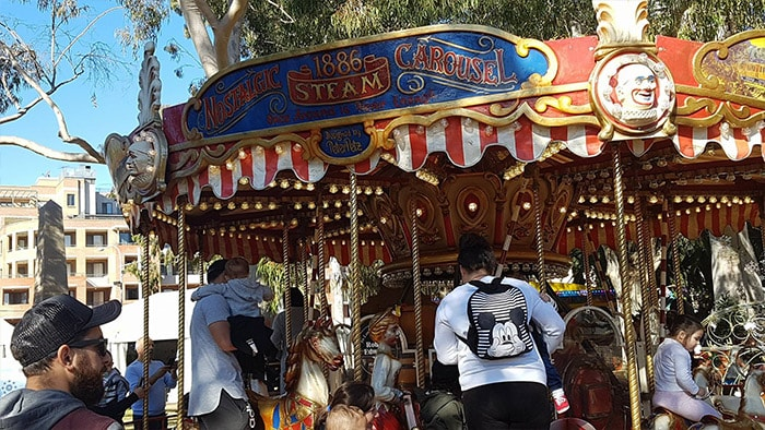 1 min Ride Hire Merry Go Round